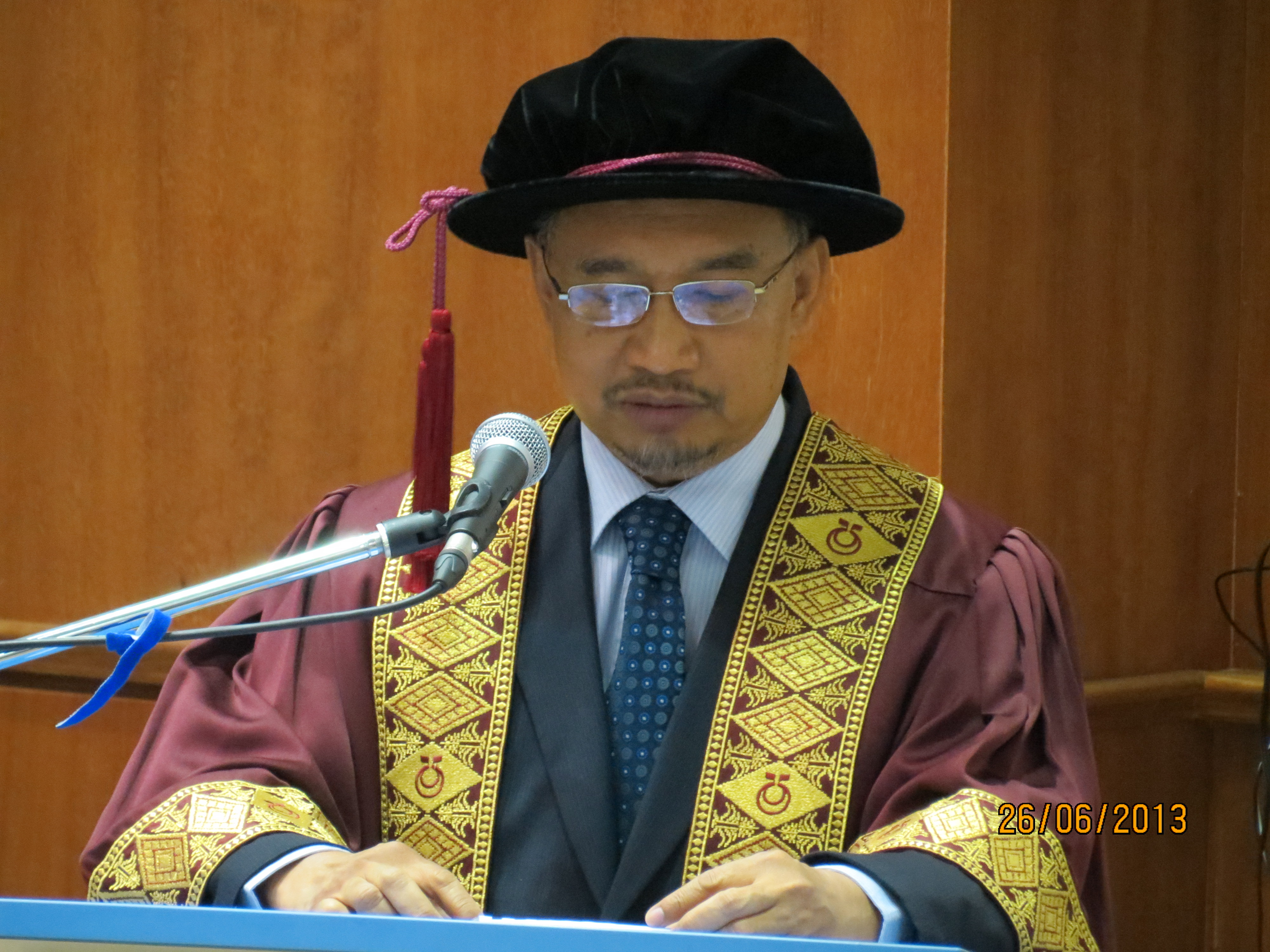 Summary Of The Inaugural Professorial Lecture By Prof Wan Mohd Nor Wan Daud Raja Zarith Sofiah Centre For Advanced Studies On Islam Science And Civilisation